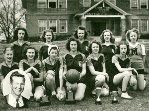 1945-46 Girls Team